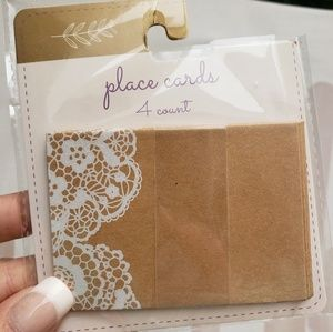 New Table Place Cards w a Doiley Pattern 4 Count
